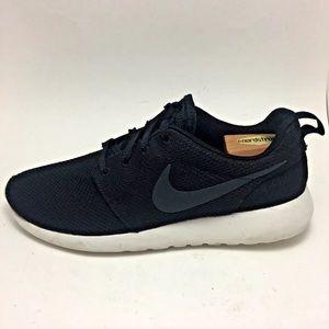 Nike ROSHE ONE Black Mesh Running Lightweight Shoe